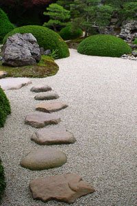 Japanese Garden Stones Stepping stones in japanese gardens workwithnaturefo